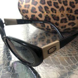 Guess Black/Gold Polarized Sunglasses